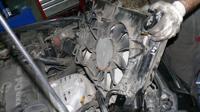 Тойота авенсис ремонт двигателя своими руками